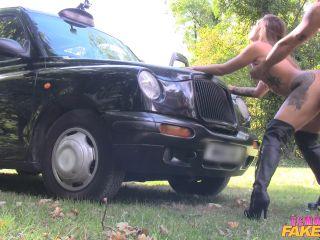 Ava Austen Lucky Guy Fucks Hot Chick on Bonnet