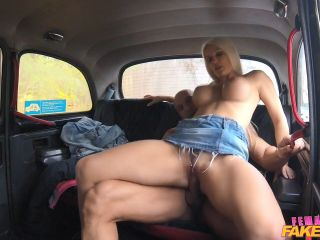 Blanche Bradburry Bodybuilder Makes Busty Blonde Cum