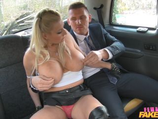 Michelle Thorne Office Worker Gets a Busty Surprise